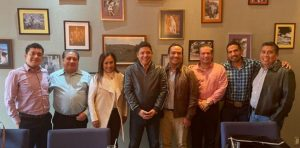 Gallardo Cardona y quien será su Secretario General de Gobierno se reunieron el viernes con diputados federales que representan a SLP en la Cámara Baja