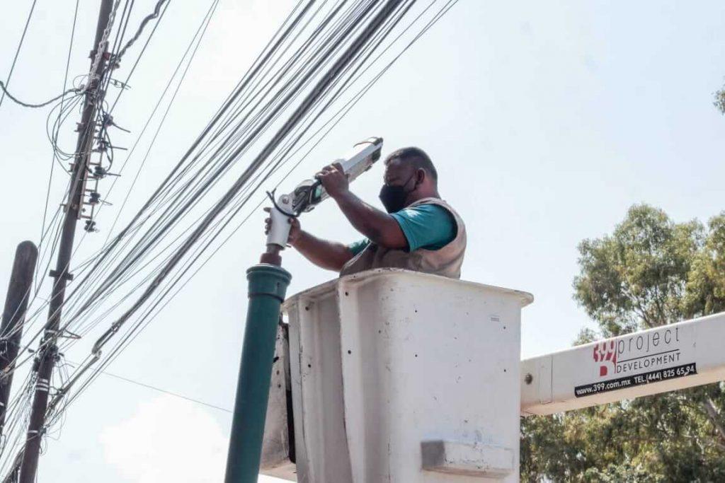 El Gobierno Capital amplió las acciones de mantenimiento en distintas zonas de la ciudad mediante cuadrillas de la Dirección de Servicios Municipales
