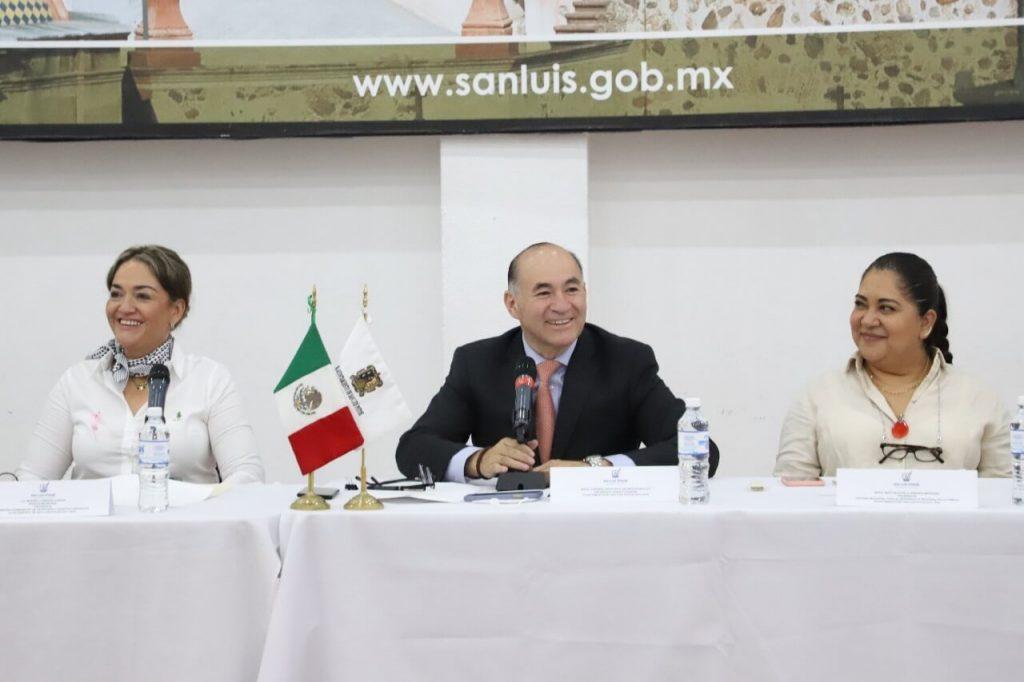 En la instalación de la comisión de Pensiones y Asuntos Laborales, el alcalde instó a respetar los derechos laborales y cuidar las finanzas.