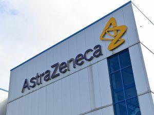 AstraZeneca anuncia dosis de refuerzo contra Covid-19 para 2022